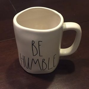 ☕️ Rae Dunn BE HUMBLE mug